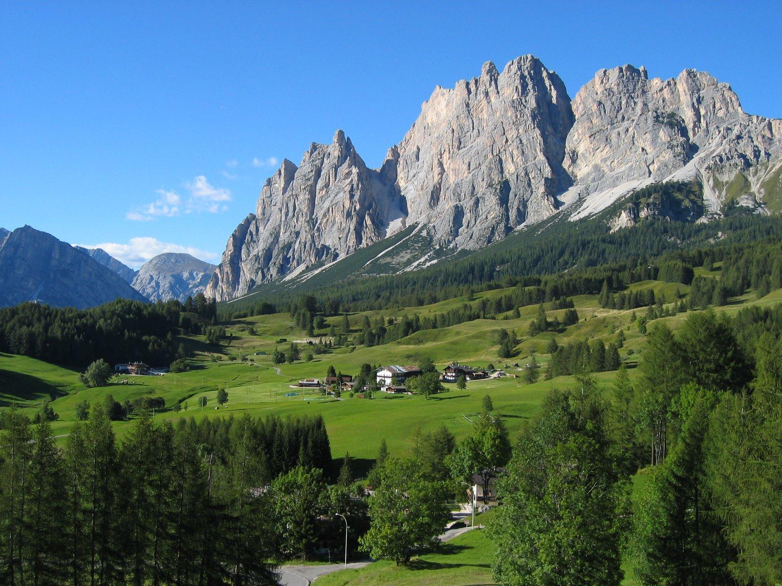 Pomagagnon: Dolomites and Cortina