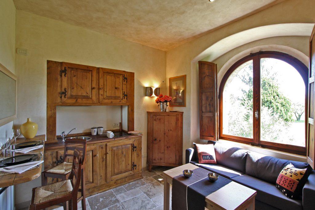 studio castle for rent