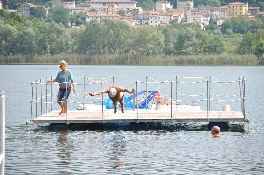 private beach, boats and solarium Plattform